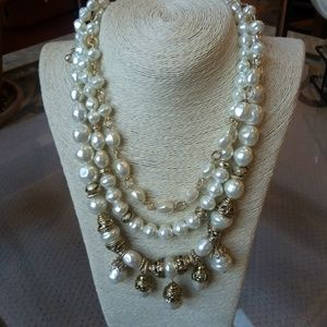 BEAUTIFUL Triple STRAND Pearl NECKLACE By Chico's